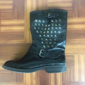 ROCK & REPUBLIC Black Studded Moto Boots